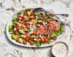Break out this recipe for the hard-core carnivores in your life. Salad Recipes, Diet Recipes, Recipies, Healthy Recipes, Steak House Salad Recipe, Best Vegan Protein, Small Red Potatoes, Salmon Avocado, Creamy Spinach