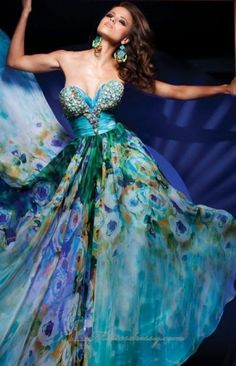 Peacock Dress by Tony Bowls Tony Bowls, Print Chiffon, Chiffon Dress, Strapless Dress Formal, Ball Dresses Perth, Beautiful Gowns, Beautiful Outfits, Gorgeous Dress, Pretty Outfits