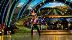 Ed Balls's 'dodgy' Strictly Come Dancing lift #humor #funny #lol #comedy #chiste #fun #chistes #meme