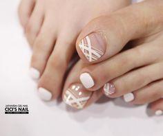Make an original manicure for Valentine's Day - My Nails Nail Art Salon, Toe Nail Art, French Nail Designs, Toe Nail Designs, French Nails, Hair And Nails, My Nails, Blush Pink Nails, Black Toe Nails