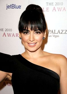 Ana de la Reguera hairstyle with bangs
