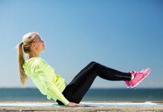 3 effectieve buikspieroefeningen die je tijd noch moeite kosten | Women's Health…