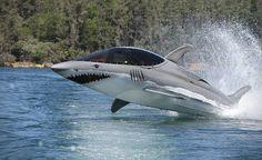 + Criatividade :     Eu gostaria de ter um submarino desses heim? rsrs