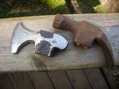 Island Blacksmith: Hand forged reclaimed axes made from antique tools @Matthew Burdette this idea might be a good one for your next project Diy Knife, Knives And Swords, Tomahawk Axe, Hand Forged Knife, Black Smith, Metalworking, Metal Shop, Diy Forge, Hand Axe