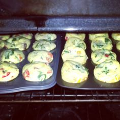 I have now made this recipe twice; once the morning before running the Cincinnati Flying Pig half marathon and now once to bring into the office to share as my birthday brunch treat. After posting … Medifast Recipes, No Carb Recipes, Clean Recipes, Clean Foods, Diet Recipes, Recipies, Veggie Egg Muffins, Weight Watchers Before And After, Lean Breakfasts
