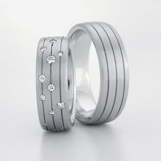 Browse wedding bands, engagement rings and wedding rings Unique Rings, Beautiful Rings, Jewelry Rings, Jewelery, Matching Wedding Rings, Couple Rings, Diamond Bands, Band Rings, Wedding Jewelry