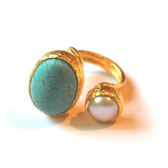 Turquoise - Pearl gold plated silver ring