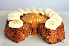 Zdravý ovseno-orechový koláč | fitrecepty.sk Meatloaf, New Recipes, Waffles, Deserts, Muffin, Food And Drink, Smoothie, Low Carb, Snacks