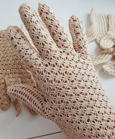 Check out this item in my Etsy shop https://www.etsy.com/listing/583434873/bridal-vintage-gloves-handmade-event