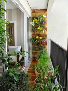 Vasinhos na varanda