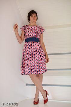 sisko by mieke: Mijn eerste Anna-dress ik denk kooppatronen