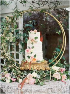 Geometric and floral details make this cake a stand out!!
