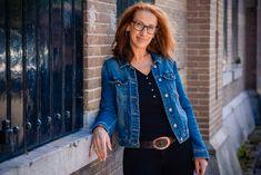 Zakelijke portretfotografie Handled By in 's Graveland | CC Grafisch Ontwerp - Mijn idee is jouw i.d. Handle, Denim, Jackets, Fashion, Down Jackets, Moda, Jacket, Fasion, Jeans