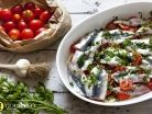 Season alive sardines, keeping the path of the oven after blended with spices, as well as a variety of vegetables, especially onions and garlic. Anchovy Recipes, Salmon Recipes, Veggie Recipes, Fish Recipes, Seafood Recipes, Indian Food Recipes, Healthy Recipes, Ethnic Recipes, Salad