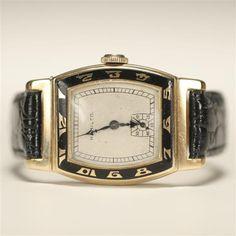Hamilton Coronado 14K gold Men's Art Deco watch. Antique Watches, Vintage Watches, Art Deco Jewelry, Vintage Jewelry, Vintage Design, Vintage Men, King Ring, Art Deco Watch, Tank Watch