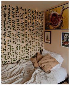 Indie Room Decor, Cute Bedroom Decor, Room Design Bedroom, Teen Room Decor, Room Ideas Bedroom, Bedroom Wall, Bedroom Inspo, Wall Decor, Cozy Room