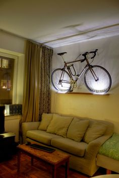fahrradhalter fahrrad wandhalterung fahrradhalterung wand fahrrad pinterest w nde. Black Bedroom Furniture Sets. Home Design Ideas