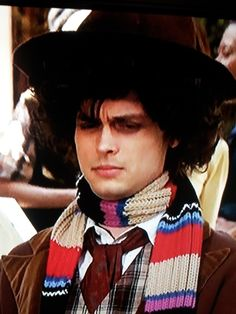 Dr. Spencer Reid dressed like the 4th Doctor (WHO) as played by Matthew Gray Gubler