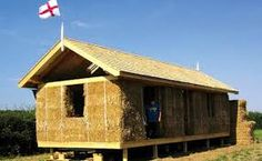 Small Straw Bale House Plans Fresh 10 Straw Bale Homes – An Eco Friendly Alternative to Explore Natural Building, Building A New Home, Green Building, Earthship, Straw Bale Construction, Sustainable Building Materials, Sustainable Design, Modern Courtyard, Courtyard House