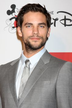 Brant Daugherty (Pretty Little Liars) has been cast in Netflix's upcoming series Dear White People. What do you think? Are you interested?
