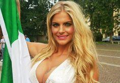 """Francesca Cipriani fez uma promessa que """"incendiou"""" seus seguidores e a torcida da #SquadraAzzurra: tirará a roupa se a Itália vencer a #Euro2016. Confira algumas fotos da loira para ver se você também começa a torcer pela seleção italiana levar o caneco.  #musas #futebol #Italia #mulheres #mulheresbonitas #bigbrother"""