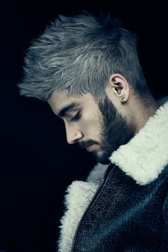 """Zayn Malik Poses for Billboard Cover Photo Shoot Wearing a shearling and leather jacket, Zayn Malik is ready for his close-up as he covers the January 16, 2016 issue of Billboard magazine. Revealing his current relationships with his One Direction bandmates after leaving the group, Malik shares, """"The truth of it is you can think...[ReadMore]"""