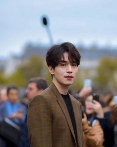Lee Dong Wook Goblin, Lee Dong Wook Wallpaper, Lee Dong Wok, Korean Haircut, Korean Men Hairstyle, Handsome Korean Actors, Yoo Gong, Kdrama Actors, Korean Star