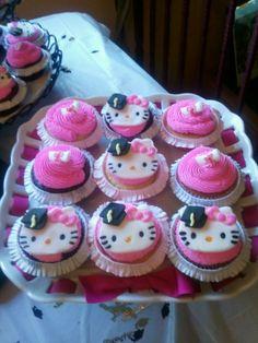 Hello Kitty Graduation Cupcakes