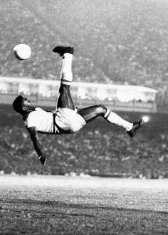 The God of football. Whatever the name, the memory is the same - of a world-beating superstar - a record-breaking footballing icon. Above and beyond his unequalled achievement in winning three FIFA World Cups, Edson Arantes Do Nascimento, or Brazil Football Team, Football 2018, God Of Football, Best Football Players, Good Soccer Players, World Football, Football Soccer, Lionel Messi, Bicycle Kick