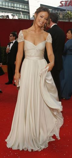 Olivia Wilde in Reem Acra .. Stop I love this dress
