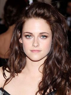 Kristen Stewart won back Robert Pattinson with a video montage of their happiest moments together | Amy Andrews Gossip Girl | IrishCentral