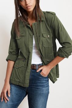 Lily Aldridge x Velvet Army jacket, full zip front with snap closure, 4 pockets and interior cinch waist drawcord. Lightweight and super cute stitch details and epaulettes at shoulders. Army Green Jacket Outfit, Army Jacket Outfits, Army Green Jackets, Olive Green Outfit, Green Outfits, Leather Jackets For Sale, Jackets For Women, Yeezy Fashion, Fashion Wear