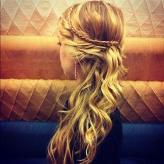 curly side pony with braid