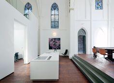 Google Image Result for http://2.bp.blogspot.com/_IRdqW4lXICI/TVFdf1yoDrI/AAAAAAAABCA/TwxU133iGVs/s1600/Church-conversion-into-a-residence-in-Utrecht-by-zecc-architects-yatzer-12.jpg