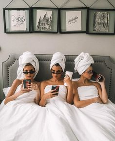 This is such #squadgoals. Who's trying to do a girlfriend trip this summer? Maybe to #Paris? @martalozanop