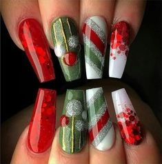 Bright red with red glitter. Green with hand painted ornaments. and silver, green, red stripes. Beautiful Christmas nails by 😍 Ugly Duckling Nails page is dedicated to promoting quality, inspirational Xmas Nails, Holiday Nails, Pink Nails, Valentine Nails, Halloween Nails, Christmas Nail Designs, Christmas Nail Art, Christmas Trees, Green Christmas
