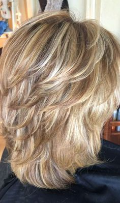 Hairstyles layered hair for thin hair over 50 Medium Shag Haircuts, Thin Hair Haircuts, Haircut For Thick Hair, Bob Hairstyles, Celebrity Hairstyles, Medium Length Layered Hairstyles, Layered Haircuts For Women, Wedding Hairstyles, Bob Haircuts