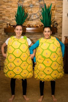 Learn how to make the original DIY pineapple costume along with four other fruit costumes using our free templates and tutorials! You can be a Learn how to make the original DIY pineapple costume along with four other fruit costumes using our free templates and tutorials! You halloween costumes ideas clown   pretty halloween costumes ideas   halloween costumes ideas for teens   guy halloween costumes ideas   kpop halloween costumes ideas #halloween #costumes #homemade #halloweencostumes Diy Tween Halloween Costumes, Tree Halloween Costume, Fancy Dress Costumes Kids, Christmas Tree Costume, Halloween Fruit, Pineapple Costume Diy, Vegetable Costumes, Fruit Costumes, Beautiful