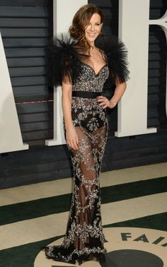 """breathtakingwomen: """"Kate Beckinsale at the Vanity Fair Oscar 2017 Party, Los Angeles """" British Costume, Vanity Fair Oscar Party, Glamour Photography, Kate Beckinsale, Swagg, Pretty Woman, Beauty Women, Celebrity Style, Sexy Women"""