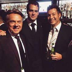 Sexy mafioso looking in that picture Cavill, hot damn! Lol ;)