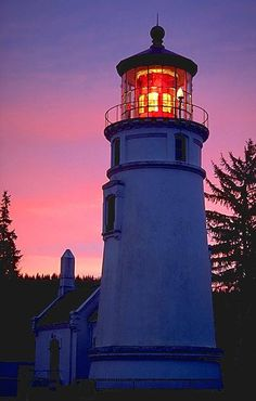 Umpqua River Lighthouse at night