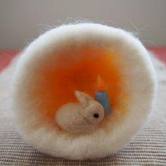 羊毛フェルトのうさぎドーム