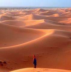 Crying in the desert, Western Sahara Merzouga, Erg Chebbi, Morocco Desert Life, Desert Oasis, Columbus Travel, Mekka, Western Sahara, Scenic Photography, Amazing Nature, Beautiful Landscapes, Beautiful World