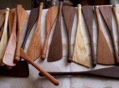 Handmade Kitchen: Utensils on the Lathe