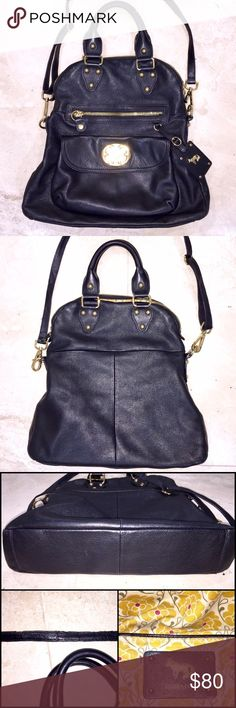 """⬇️PRICE DROP⬇️Emma Fox Leather Purse Emma Fox """"Lily"""" Leather Bag comes in EXCELLENT condition! This large fold over purse be carried satchel style or over the shoulder. Soft black leather with no rips, tears or stains and gold hardware.  Signature floral interior is immaculate! The shoulder strap and some hardware does show some wear. See photos! In otherwise perfect condition! My prices fluctuate from time to time. Catch items when the prices are low!❤️ Emma Fox Bags"""