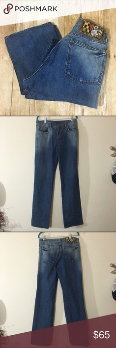"""Just Cavalli men's jeans Excellent used condition, inseam is 32"""" make an offer or bundle and save! Just Cavalli Jeans"""