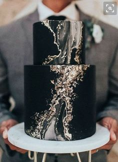 Trendy Wedding Cakes black wedding 100 Most Beautiful Wedding Cakes For Your Wedding! Black Wedding Cakes, Beautiful Wedding Cakes, Beautiful Cakes, Amazing Cakes, Cake Wedding, Geode Wedding Cakes, Black Weddings, Gold Wedding, Suprise Wedding