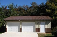 Visit the Lester Buildings Project Library for pole barn pictures, ideas, designs, floor plans and layouts. Pole Barn House Kits, Pole Barn Garage, Pole Barn Homes, Pole Barns, Carport Garage, Pole Buildings, Shop Buildings, Garage Plans, Shed Plans