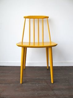 Just found two (like this, but black) J77 spindle back chairs (designed by Folke Pållson for FDB Denmark) on the sidewalk.