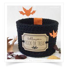 panier cache pot de la collection naturels poudr s r alis au crochet avec du fil coton natura. Black Bedroom Furniture Sets. Home Design Ideas
